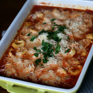 Easy Cheesy Tortellini Pasta Bake