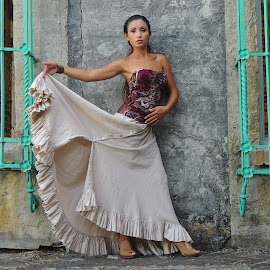 Naomi by Jason Wash - People Portraits of Women ( fashion, style, woman, beautiful, hispanic, portrait )