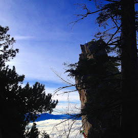by Dori Ta - Sports & Fitness Climbing