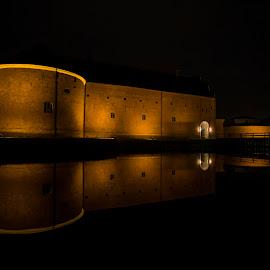 A night at the Castelle by Buffan Walter - Buildings & Architecture Public & Historical ( water, kastellet, sweden, reflection, landskronacastell, summer, night, landskrona, castelle )
