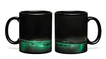 aurora-borealis-heat-changing-coffee-mug-1