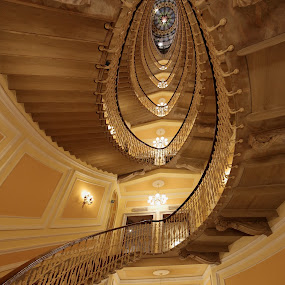 The stairs by Alessandra Antonini - Buildings & Architecture Other Interior ( interior, stairs, hotel, light, italy, stairscase )