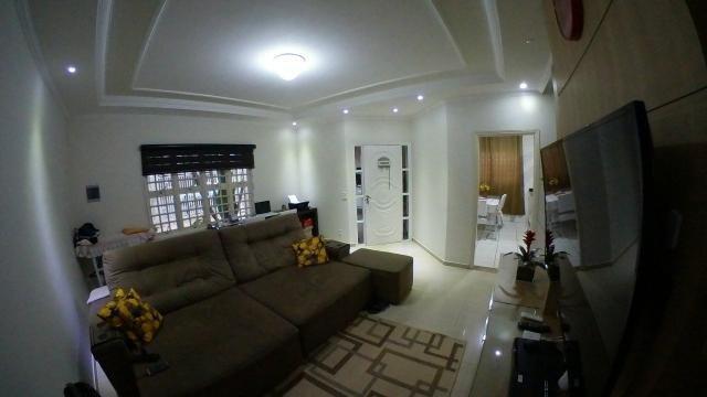 Casa com 3 dormitórios à venda, 205 m² no Centro de Hortolândia