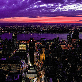 Sun goes down on a city that never sleeps by Shikha Tewari - Landscapes Sunsets & Sunrises (  )