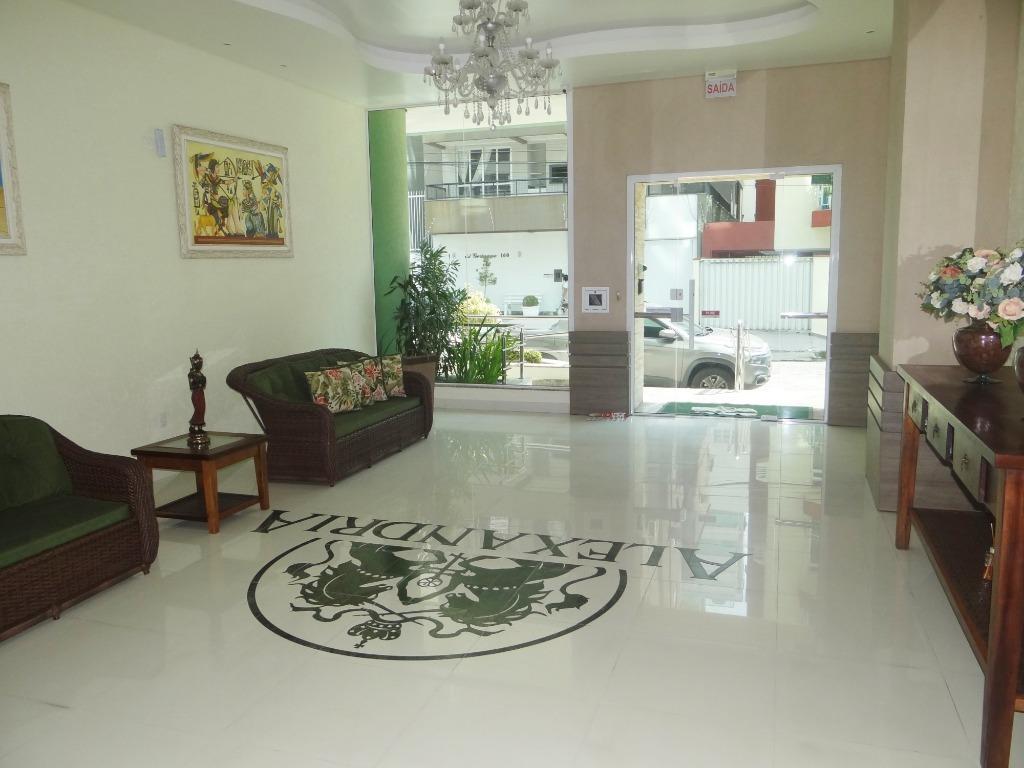 Apartamento com 4 dormitórios à venda, 170 m² por R$ 1.475.000 - Meia Praia - Itapema/SC