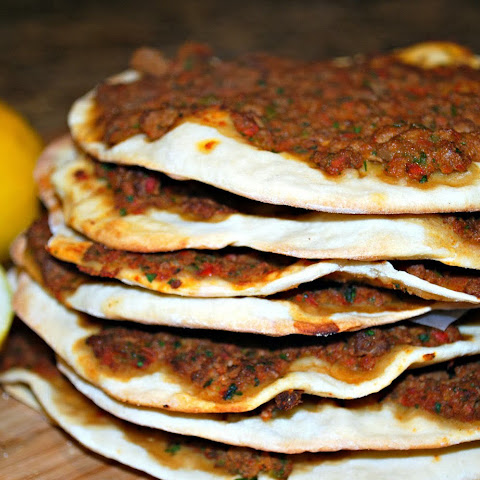 Vegan Lahmajun – Armenian/Turkish Pizza