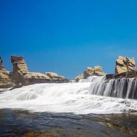 Pantai Klayar by Abdul Rahman - Landscapes Waterscapes