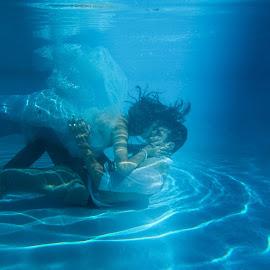Trash the dress by Kyle Van der Schyff - Wedding Other ( underwater, wedding, swim, bride, groom, trash the dress )