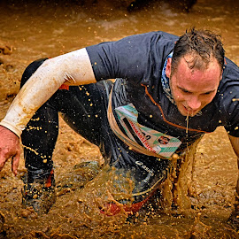 Never Give Up ! by Marco Bertamé - Sports & Fitness Other Sports ( water, splatter, splash, differdange, 2015, waterdrops, soup, kneeling, luxembourg, mud, strong, dirty, drops, brown, strongmanrun, man )