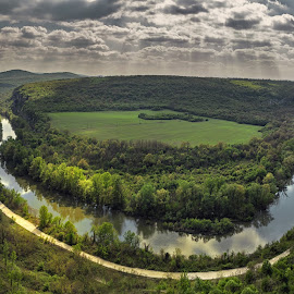 Meander on the Iskar River near the village of Karlukovo by Тихомир Димитров - Landscapes Travel