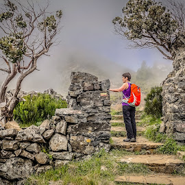 Hiking in Madeira by Palmi Vilhjalmsson - Landscapes Travel ( walking, fog, trail, pico ruvio, hiking, madeira )