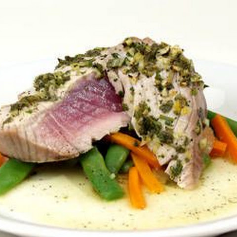 15-Minute Seared Tuna with Sage