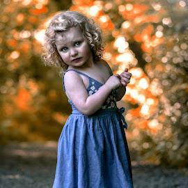 phoebe by Tracey Dobbs - Babies & Children Children Candids ( child, girl, portrait )