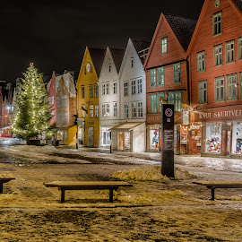 Bryggen in Bergen norway by Svein-Rene Kraakenes - Buildings & Architecture Public & Historical ( street scene, cityscape, old building )