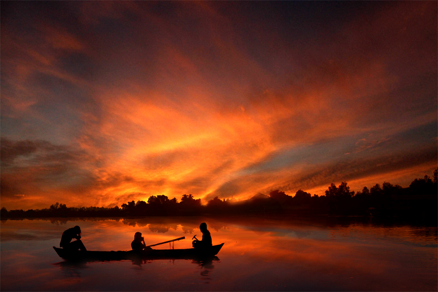 by Ronnie  Kusuma - Landscapes Waterscapes