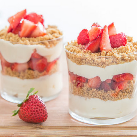 No Bake Strawberry Cheesecake Parfaits