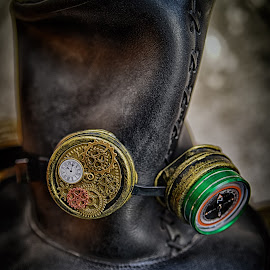 by Marco Bertamé - Artistic Objects Other Objects ( green, gear wheel, goggles, brown, round, circle, steampunk, golden, hat )