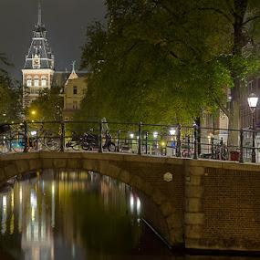 Rijksmuseum by Bim Bom - City,  Street & Park  Vistas ( amsterdam mokum rijksmuseum netherlands canal prinsengracht night bridge, bridge )