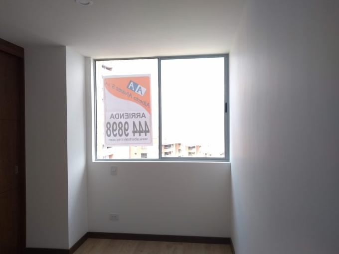 apartamento en arriendo el tesoro 594-21644