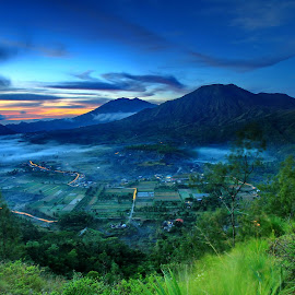 Towards Morning by Hendra Gunawan - Landscapes Mountains & Hills ( nature, landscape photography, sunrise, photography,  )