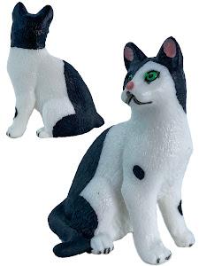 "Игрушка-фигурка серии ""Город Игр"", котенок S3, сидит, смотрит направо"