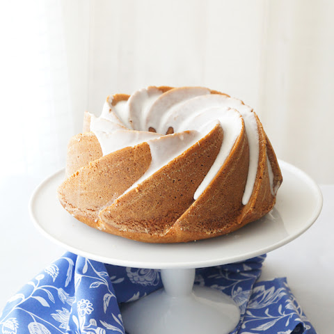 Toffee Bundt Cake with Mandarin Orange
