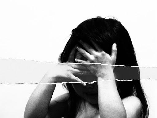児童虐待を受ける子どもたち