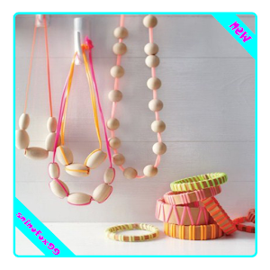 necklace crafts for kids