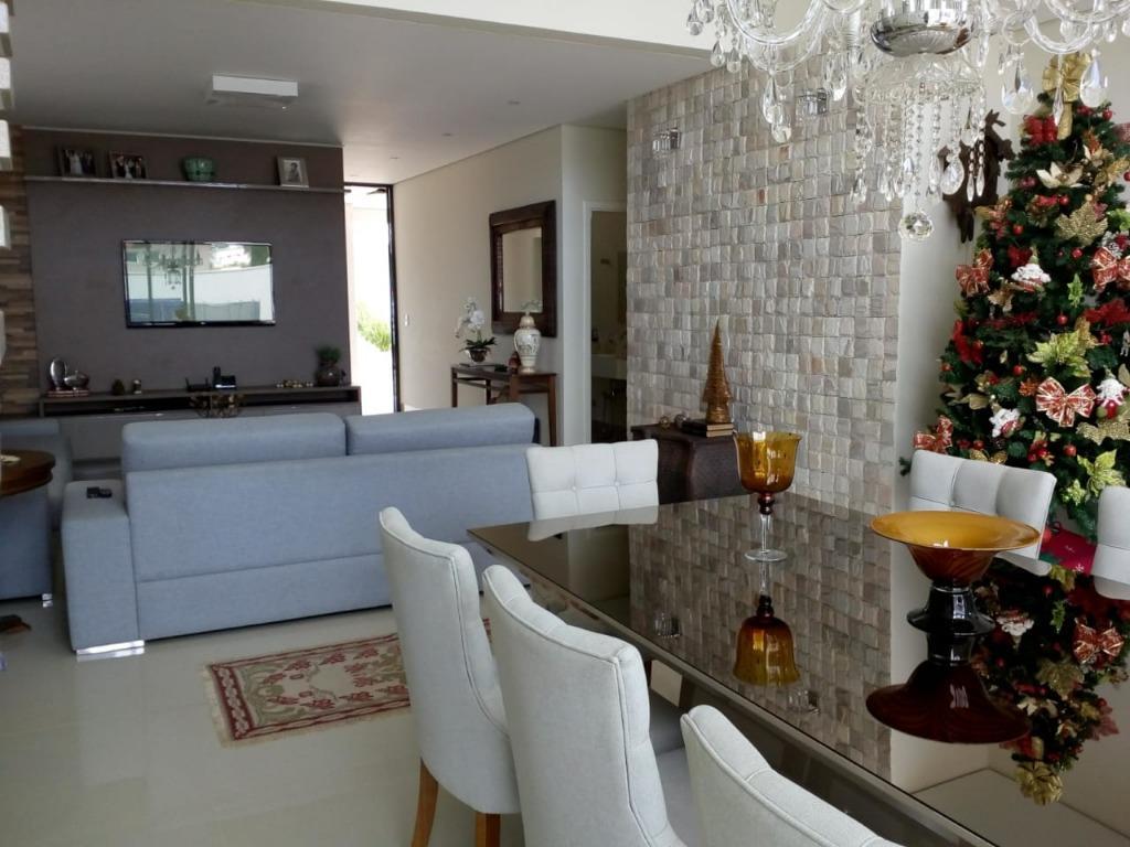 Casa com 4 dormitórios à venda, 365 m² por R$ 1.586.000 - Flamboyant Residencial Park - Uberaba/MG