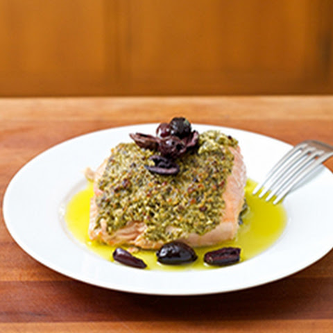 Pesto Salmon with Kalamata Olives