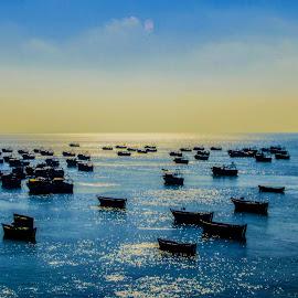 Seaside Parking by Vijayanand K - Transportation Boats ( fishing boats, boats, sea, fishing, boat, anchored boats )
