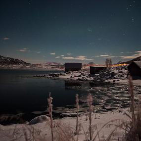 by Yvonne Reinholdtsen - Uncategorized All Uncategorized ( water, winter, snow, ice norway )