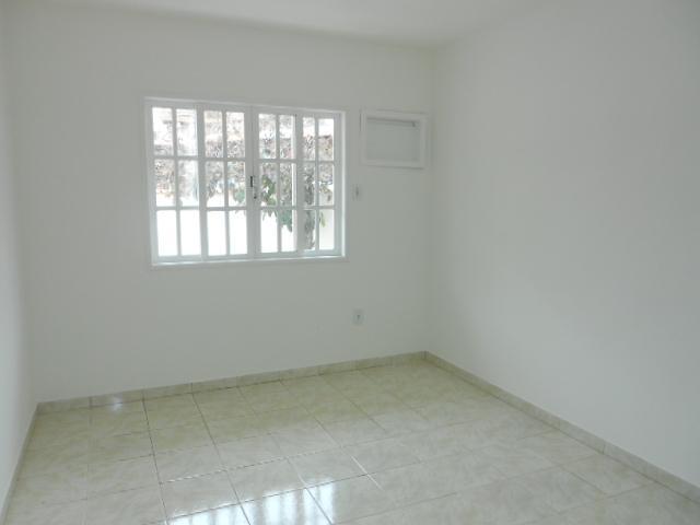 Casa em Porto da Roça  -  Saquarema - RJ