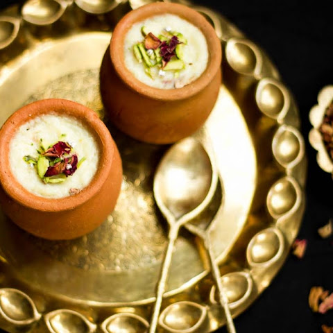 Gulab Phirni Recipe (Rose Flavored Rice Pudding)