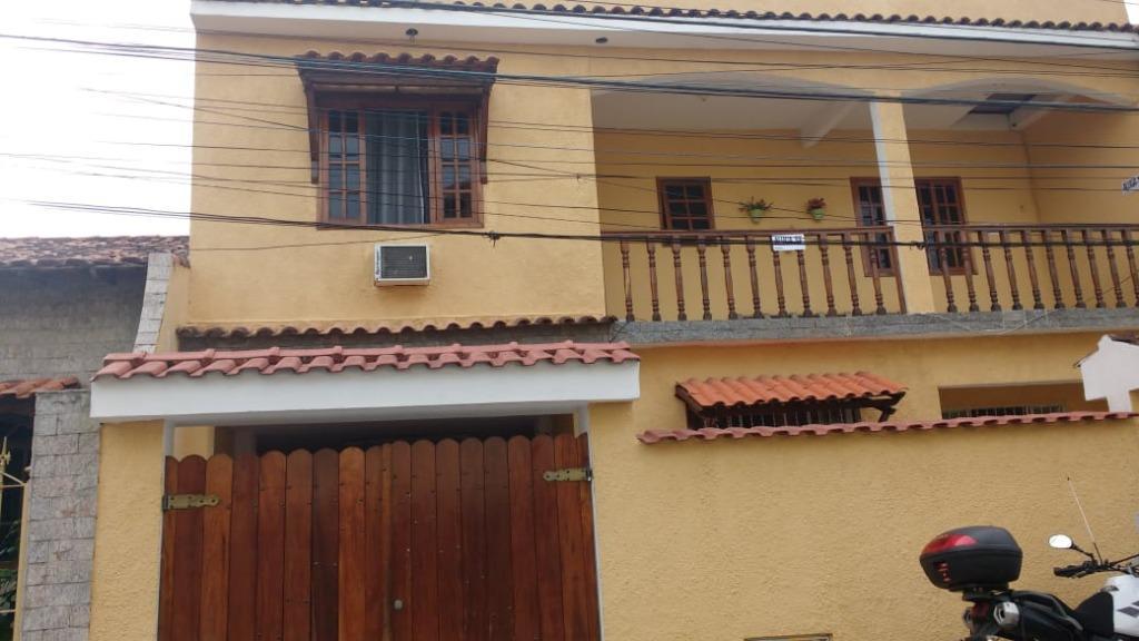 Casa com 4 dormitórios à venda, 213 m² - Pacheco - São Gonçalo/RJ