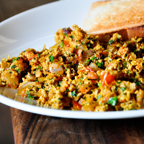 Akoori (Indian Scrambled Eggs)
