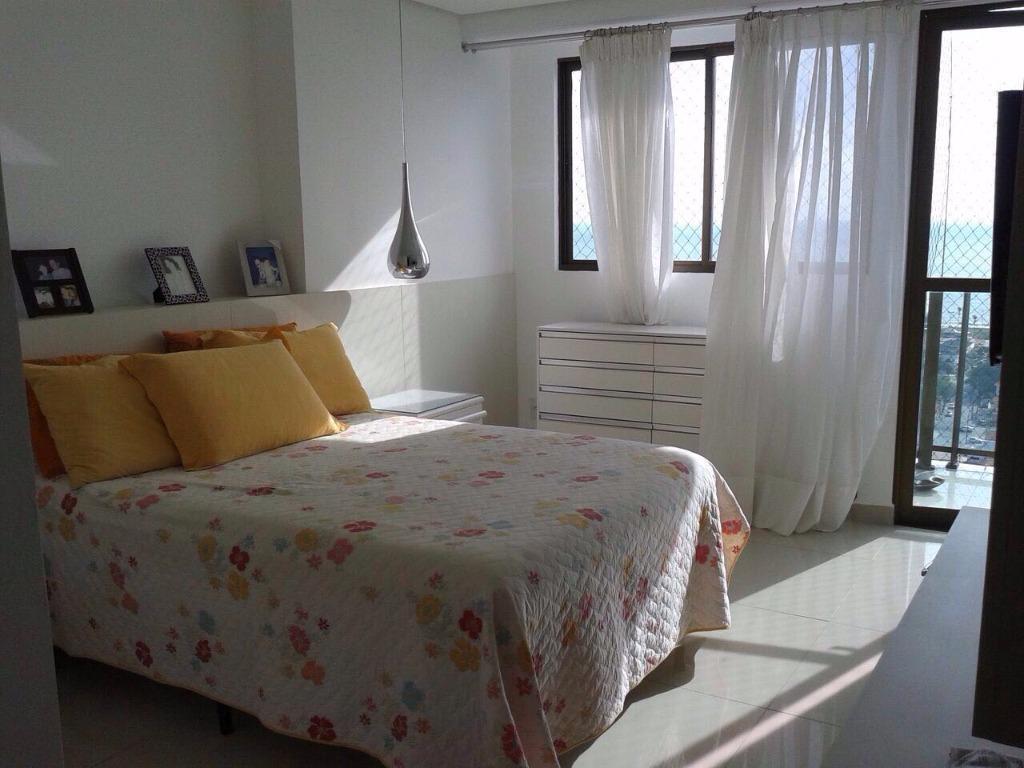 Apartamento com 4 dormitórios à venda, 213 m² por R$ 1.450.000,00 - Cabo Branco - João Pessoa/PB