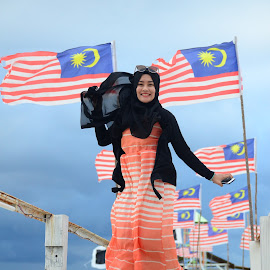 Happy little Aenn by AHMAD DZAFER - People Fashion ( malaysian, beauties, dress, happy, pulau lang tengah, hijab )