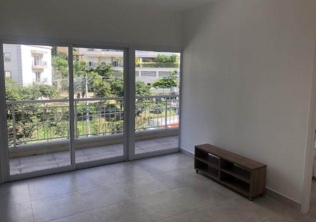 Apartamento com 1 dormitório para alugar, 50 m² por R$ 2.000/mês - Tamboré - Santana de Parnaíba/SP