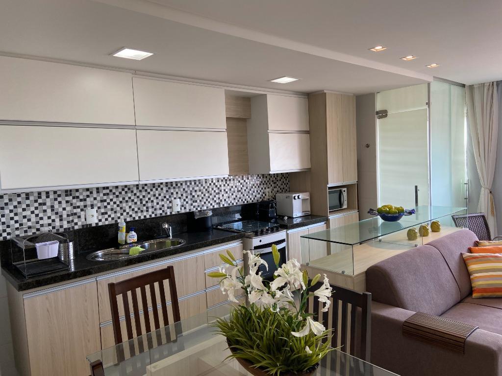 Apartamento com 1 dormitório para alugar, 58 m² por R$ 1.765,00/mês - Cabo Branco - João Pessoa/PB