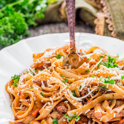 One Pot Fettuccine with Beef Ragu