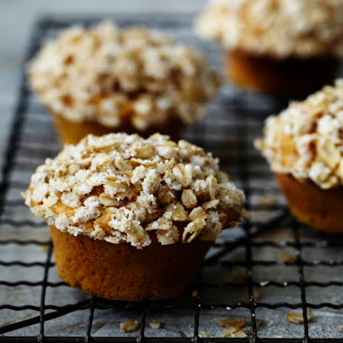 Pumpkin Muffins with Oats and Orange Marmalade