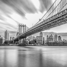Brooklyn bridge   by Roman Gomez - Landscapes Travel ( romansgallery )