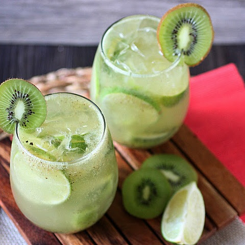 Kiwi Lime Coconut Rum Smash