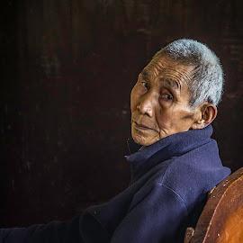 The Old Monk by Sandip Banerjee - People Professional People ( old man, portrait and people, monk, eyes, darjeeling,  )