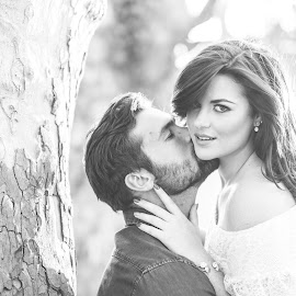B+W Couple shoot by Natasha En Booysen - People Couples