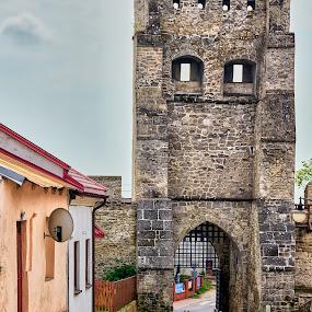 03. Polskie Carcassonne (Szydłów) by Marek Rosiński - Buildings & Architecture Public & Historical ( stone wall, historic, old town, gate, old architecture )