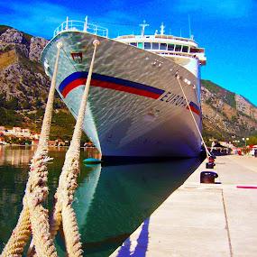 by Danijela Paljušić - Transportation Boats