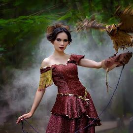 by Ka Seng - People Fashion ( girl, dark, owl, lady, beauty )