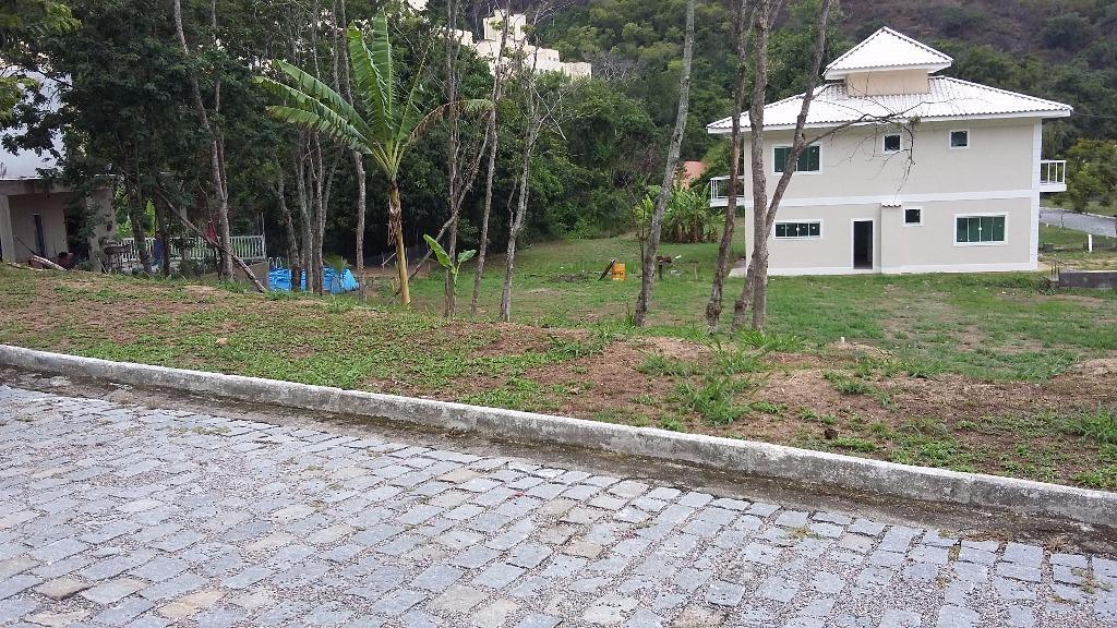 Lote/Terreno em Piratininga  -  Niterói - RJ
